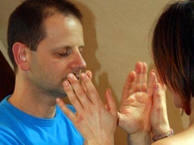 valentijn-handcontact-man-en-vrouw